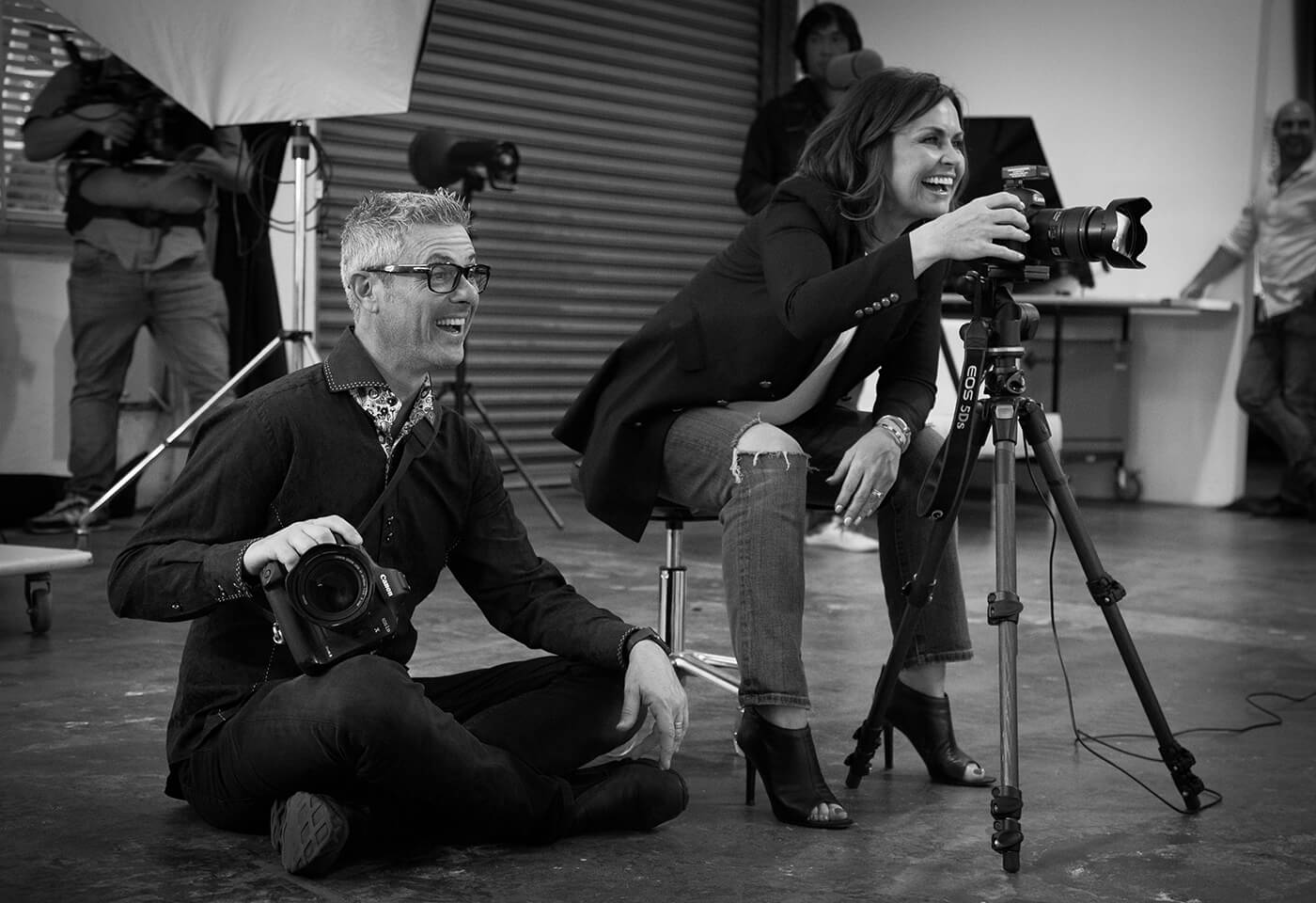 image of Daniel Linnet and Lisa Wilkinson operating Canon cameras