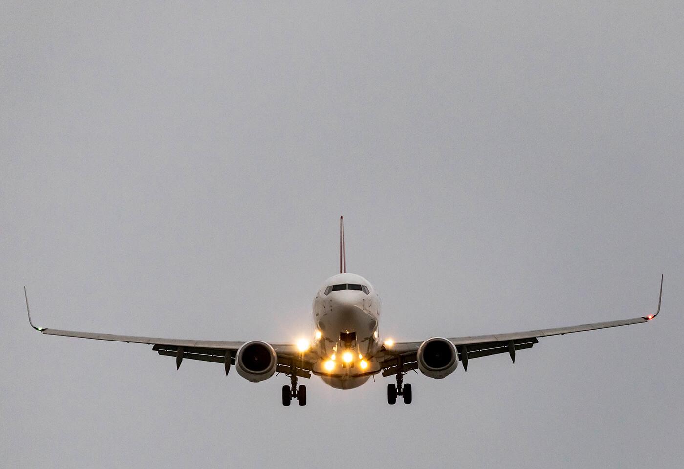 Image of Qantas airplane by Steve Huddy