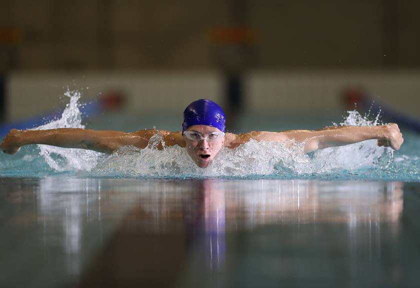 Photo of swimmer taken with EF 400mm f/2.8L IS III USM Lens