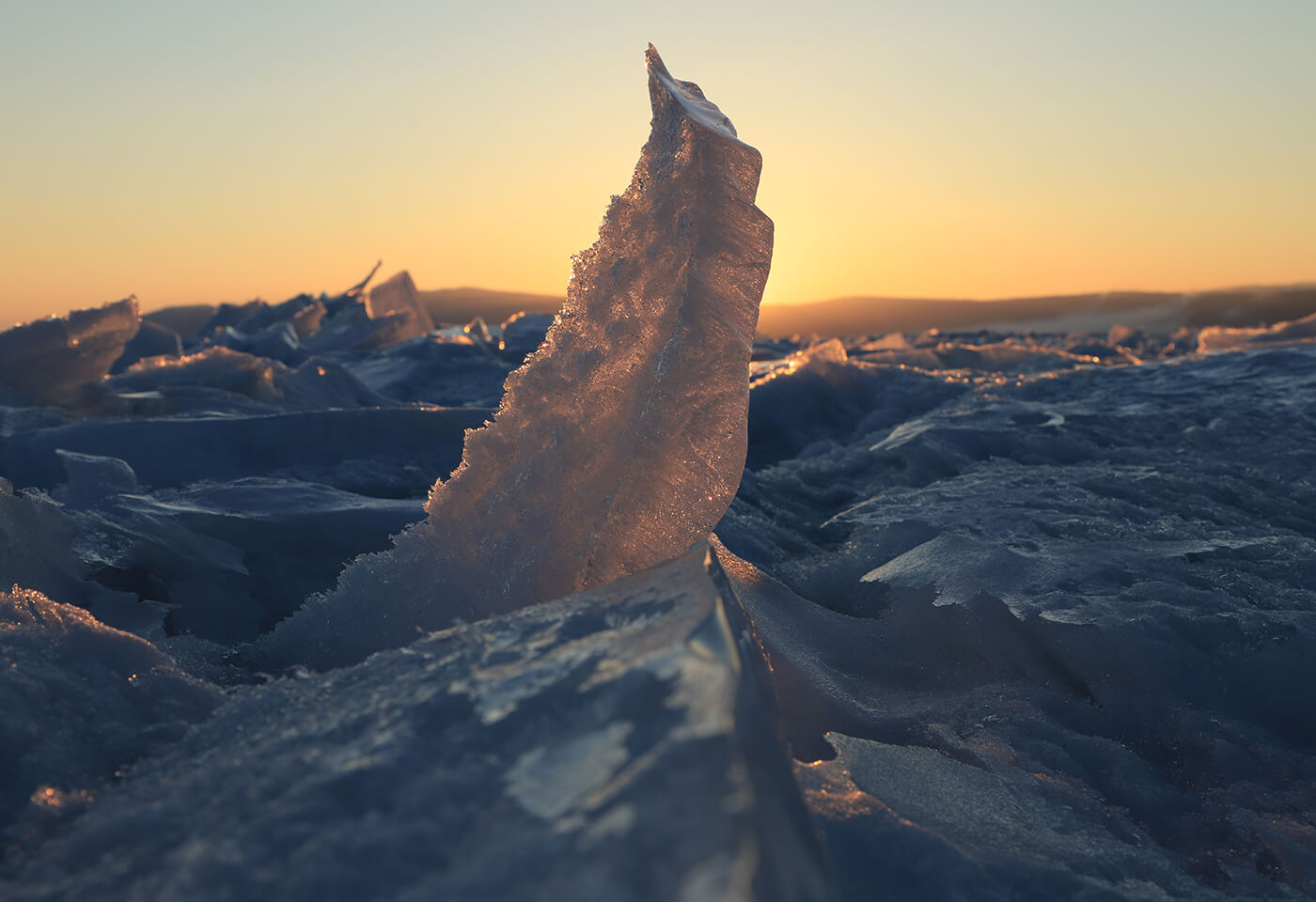 Image of an ice spike - sample photo by Canon 6D Mark II