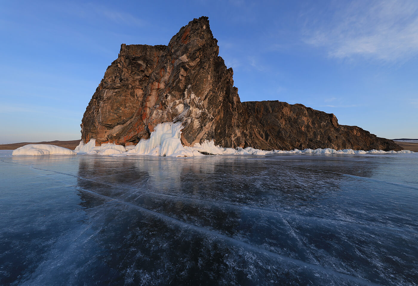 Rock on ice glacier - sample photo by Canon EOS 6D Mark II