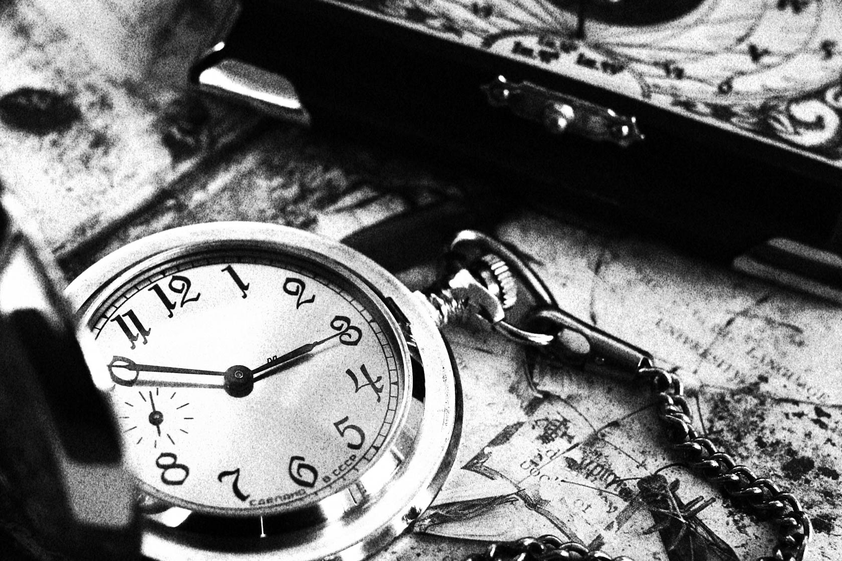 Clockwatch taken with Canon EOS 700D DSLR camera