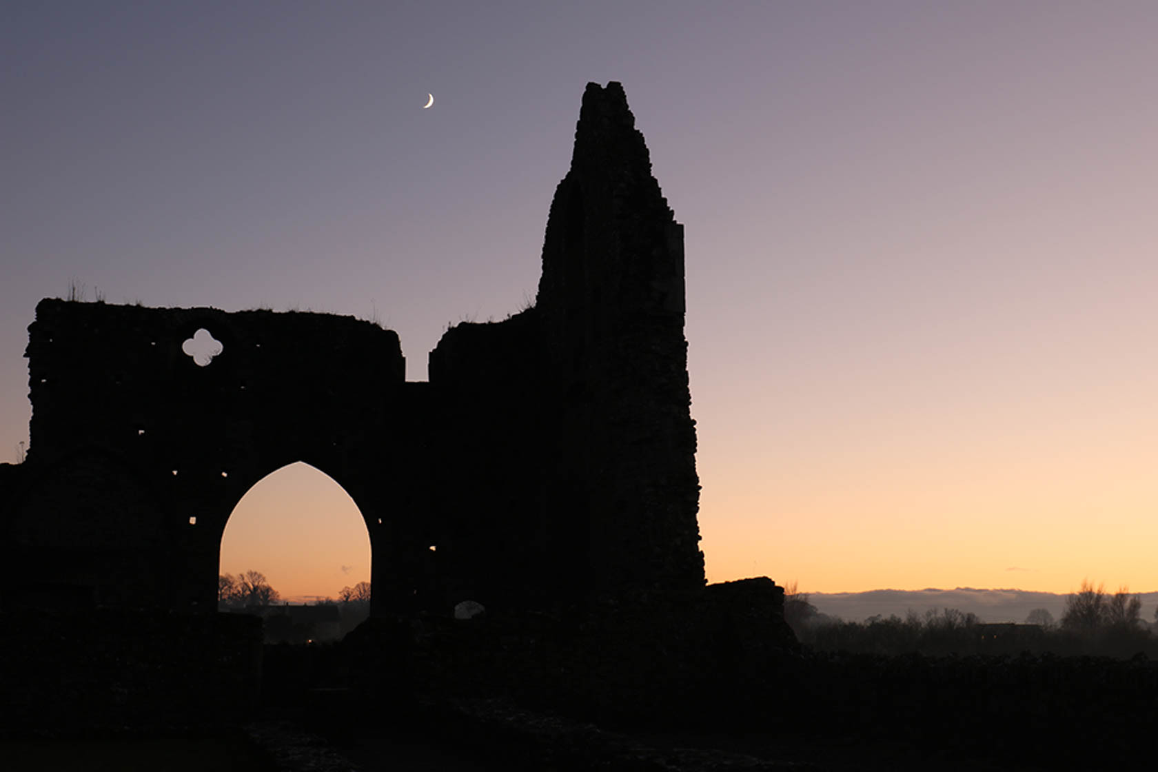 Silhouette of a stone structure taken with the Canon EOS 750D digital SLR camera