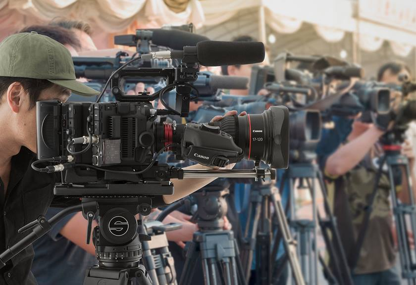 Videographers using EOS C500 Mark II