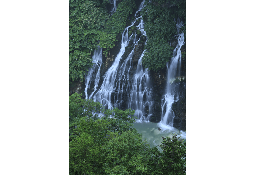 Image of falls taken using the EOS M50 Mark II mirrorless camera