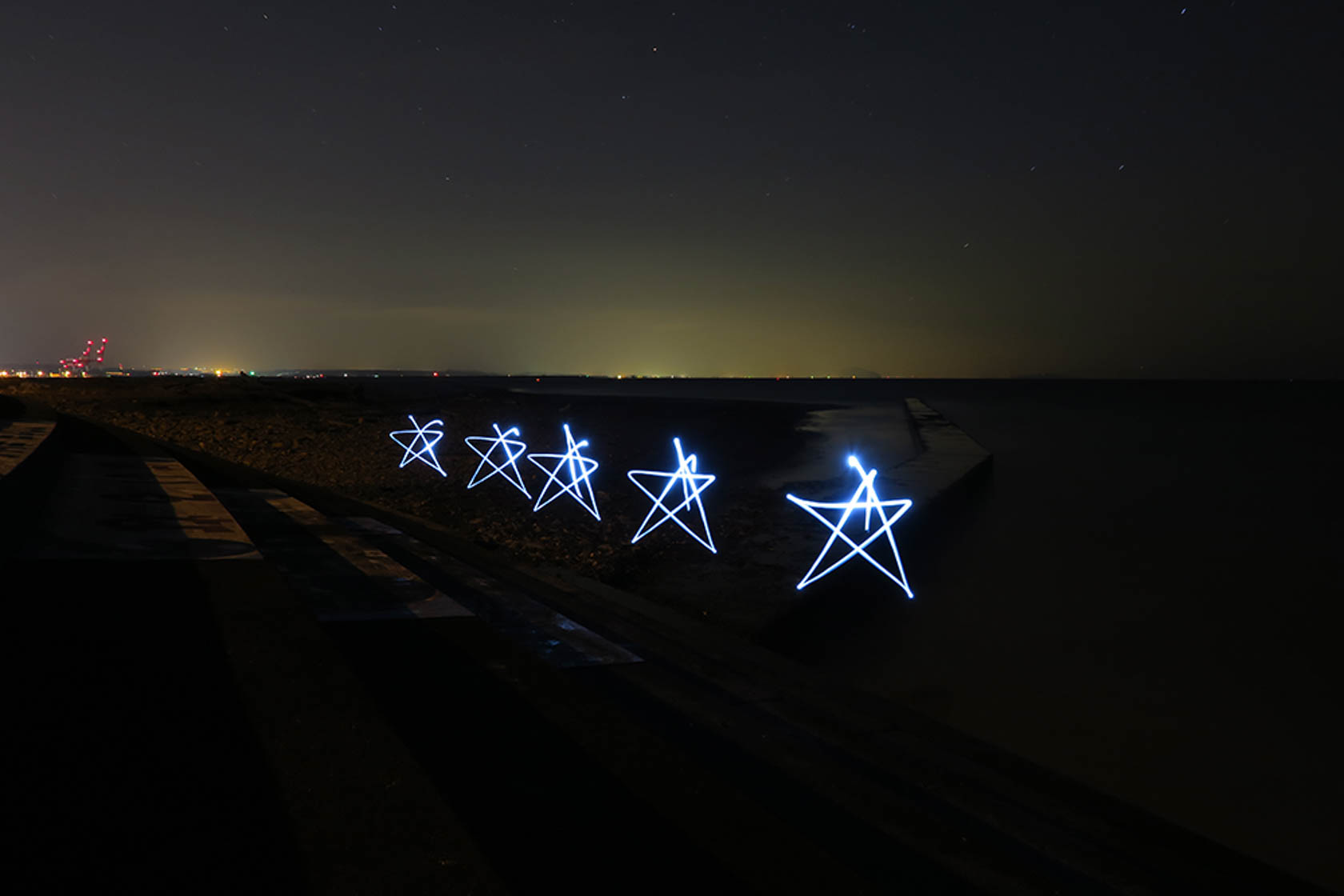 Stars made of light painting shot on the PowerShot G3 X