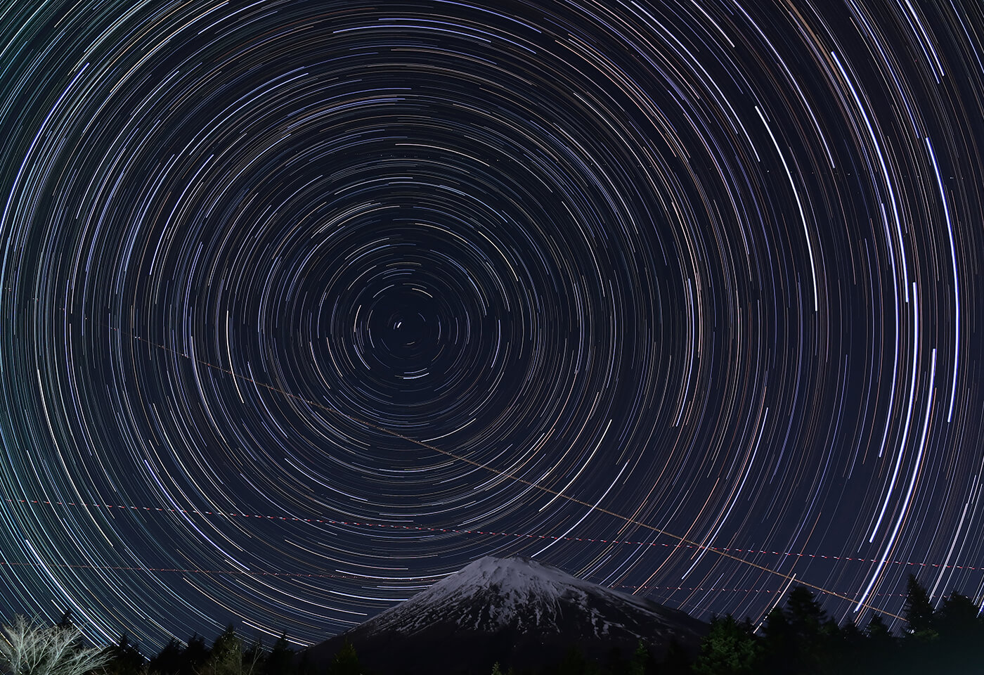 Night image of star trails