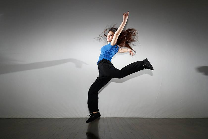 Shot of a studio set up to shoot a dancer using Canon Speedlite 600EX II-RT flash