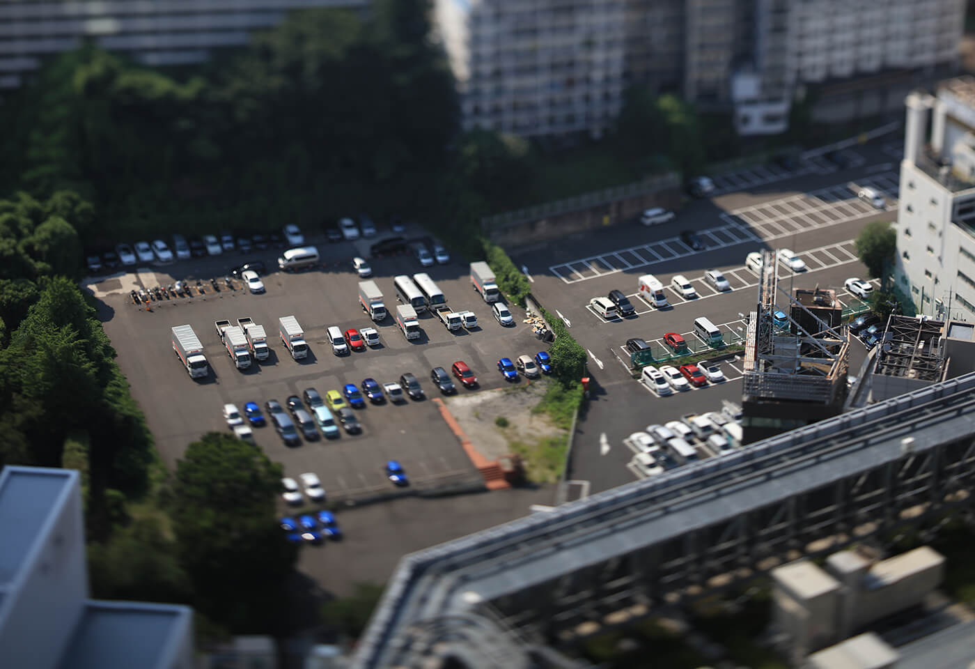 Carpark sample image taken with TSE 90mm f2 8L Macro Tilt Shift