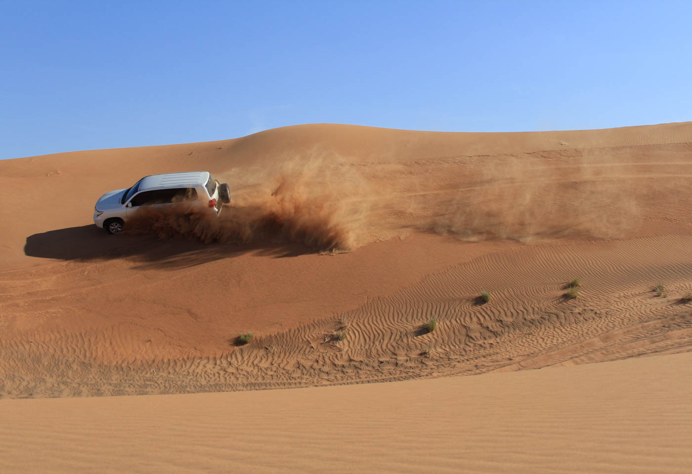 4WD on sand dunes taken with Canon EOS 1300D DSLR camera