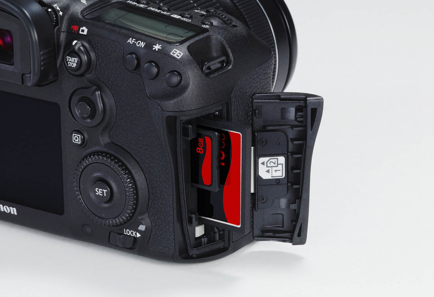 Dual CF card slots of the Canon EOS 7D Mark II DSLR camera