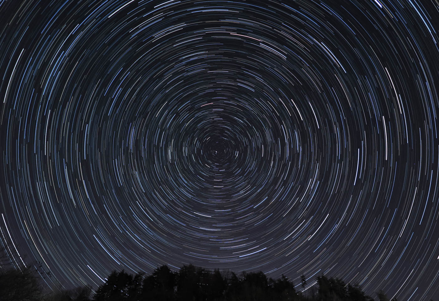 Star trail, taken with the Canon PowerShot G1X Mark II camera