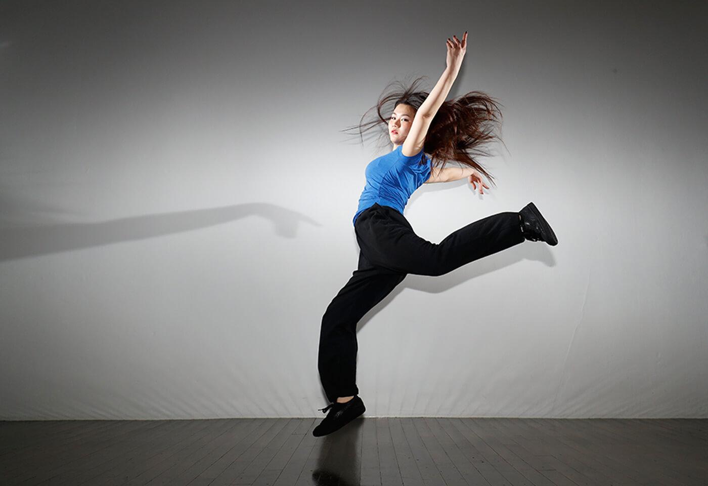 Dancer in studio taken with Canon Speedlite 600EX II-RT flash