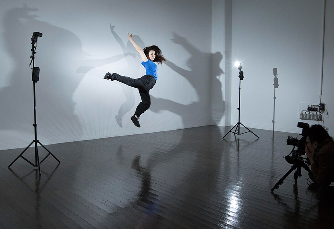 Studio shot of a girl dancing using Canon Speedlite 600EX II-RT flash