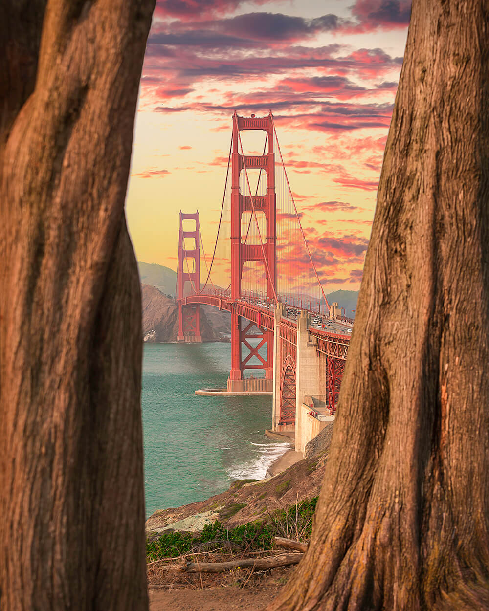 LAndscape image of Golden Gate bridge