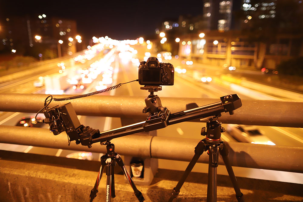 Behind the scenes photo of an light trails time-lapse with Matt Vandeputte