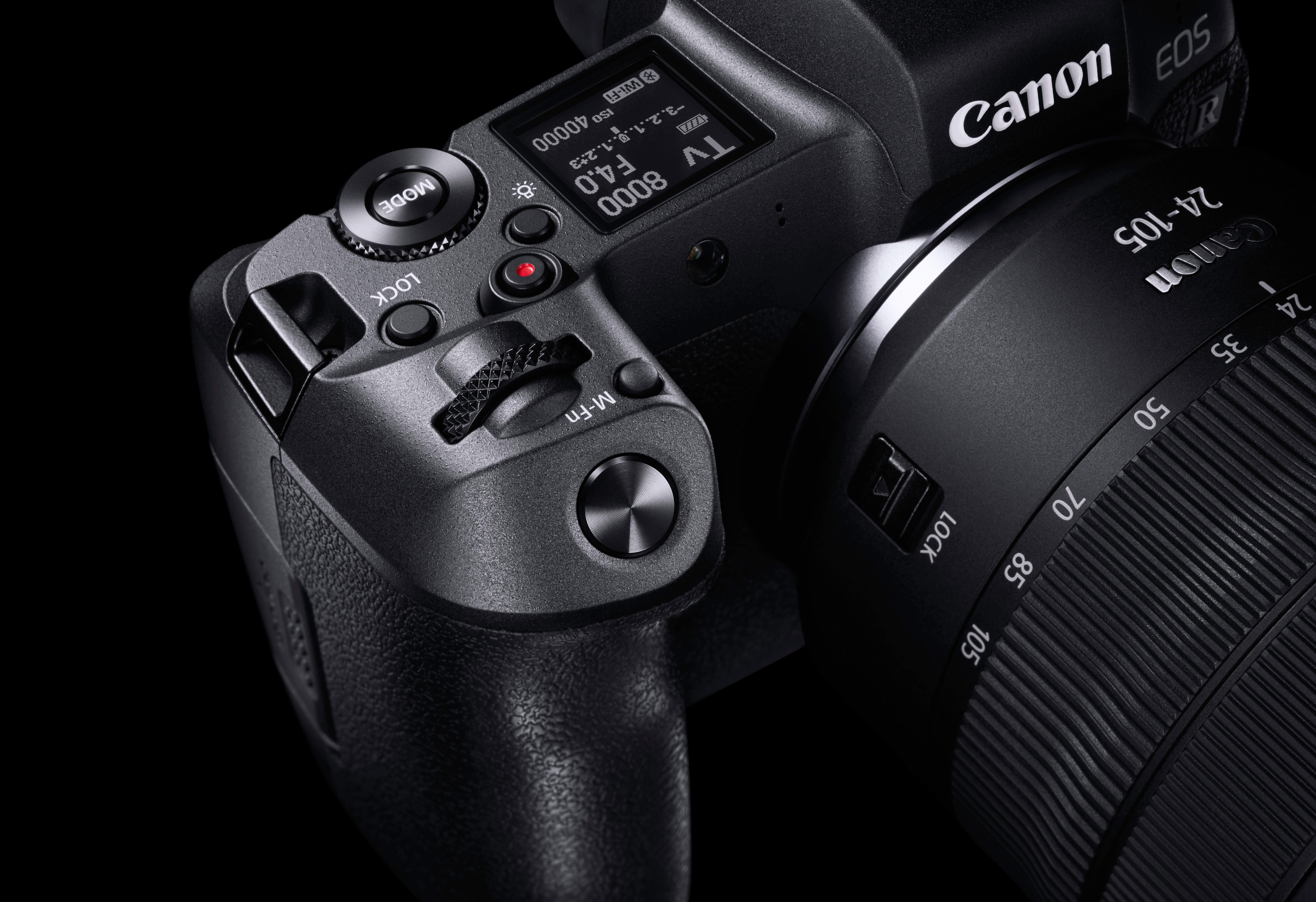 Image of the EOS R with RF lens